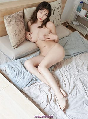 Am-nguoi-cung-bo-anh-nude-gai-mong-to